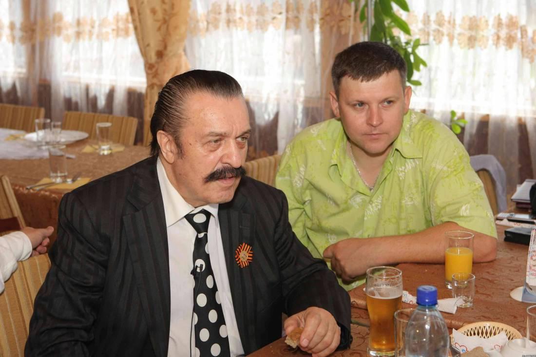 Вилли Токарев и Юрий Белоусов на обеде