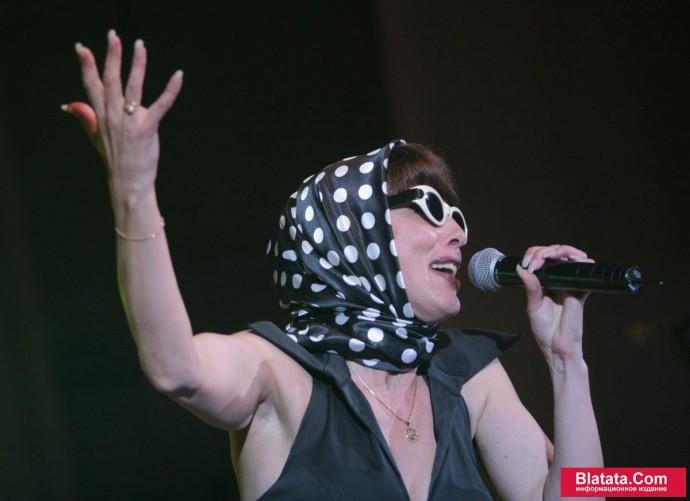 Татьяна Кабанова на сцене фестиваля шансона 2