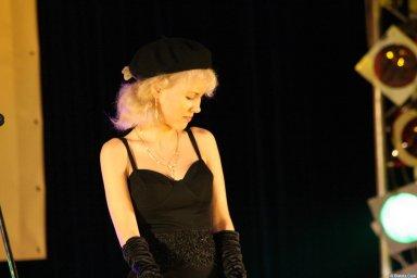 Юлия Андреева 13-14 декабря 2008 года на фестивале Хорошая песня 21