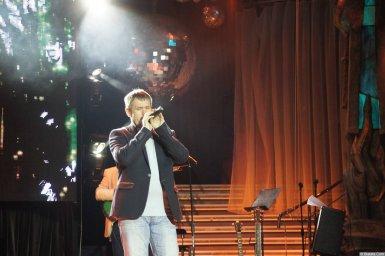 Николай Котрин на сцене XIX фестиваля памяти Аркадия Северного 8