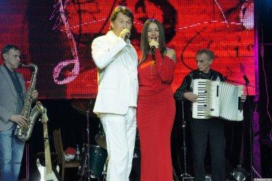 Владимир Черняков на концерте в Санкт-Петербурге Новое и лучшее 17 февраля 2015 года