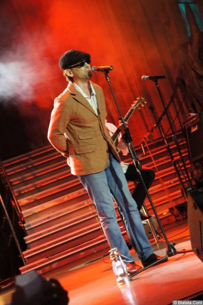 Виталий Кочетков на сцене XIX фестиваля памяти Аркадия Северного 1