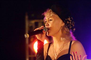 Юлия Андреева 13-14 декабря 2008 года на фестивале Хорошая песня 1