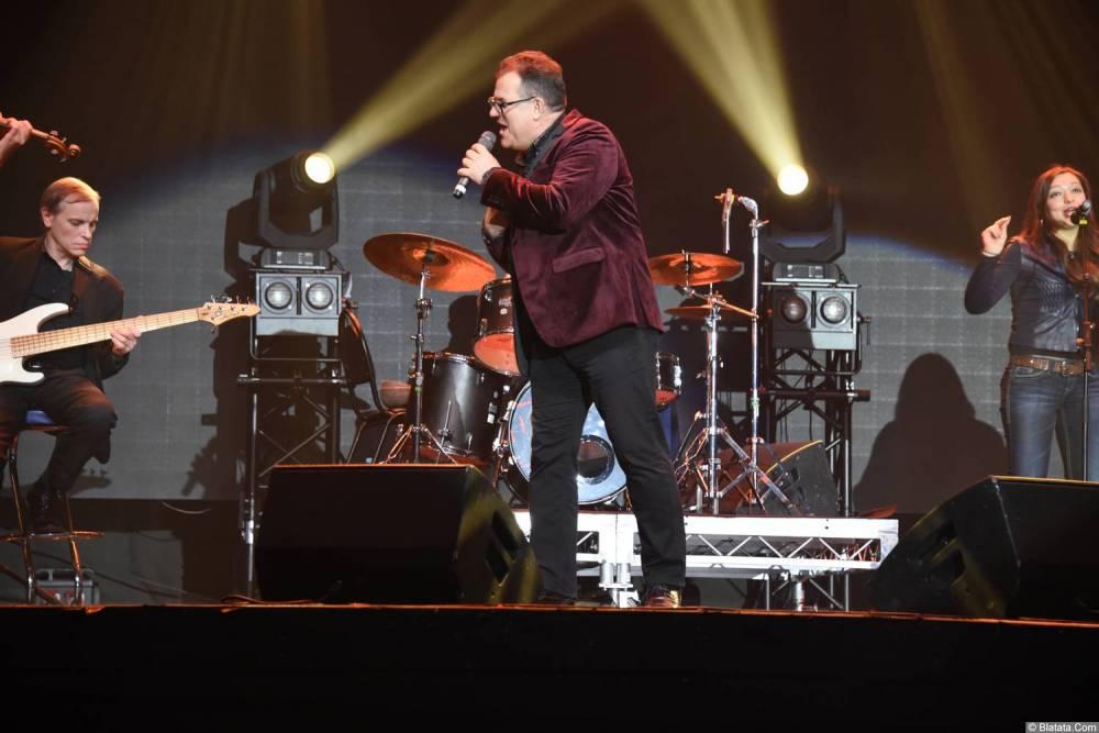 Виктор Баум на сцене 26 февраля 2018 года